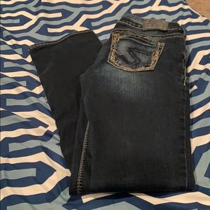 Silver jeans 28x33 rarely worn